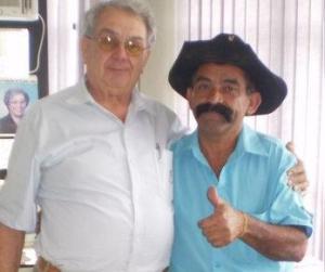 Bigode (à direita), com o ex-prefeito José Oswaldo Passarelli